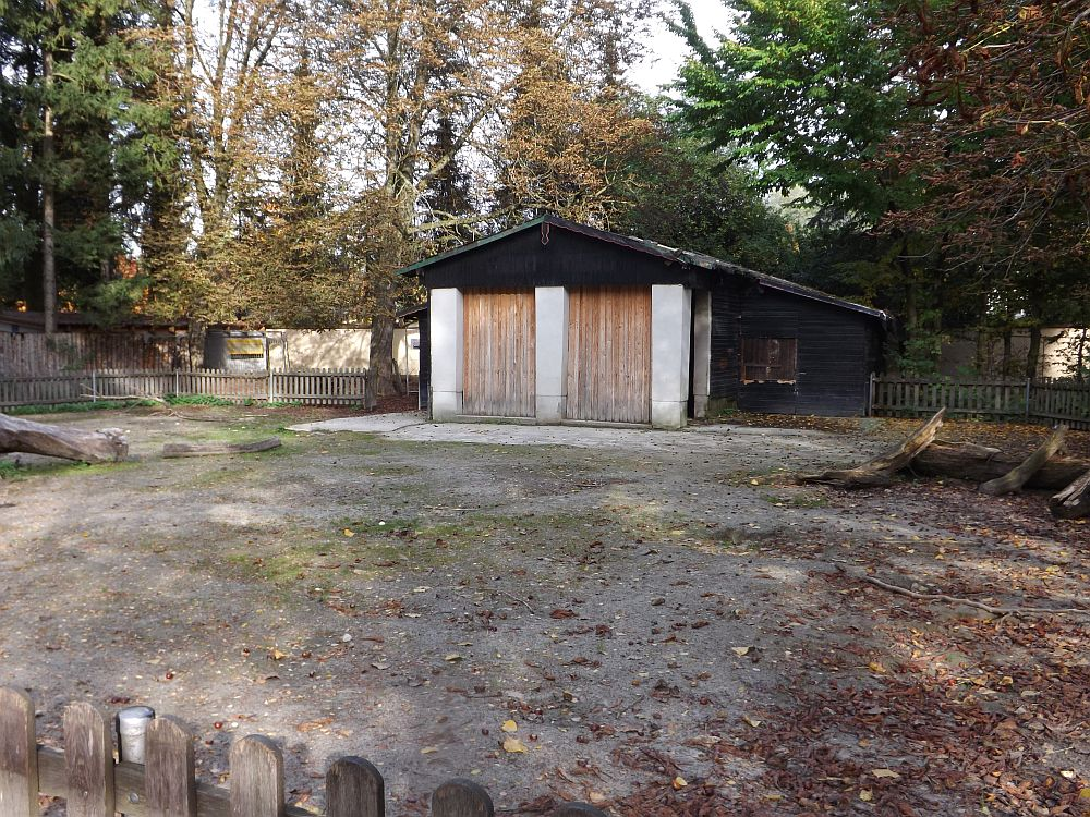 bisheriger Eselstall (Zoo Augsburg)