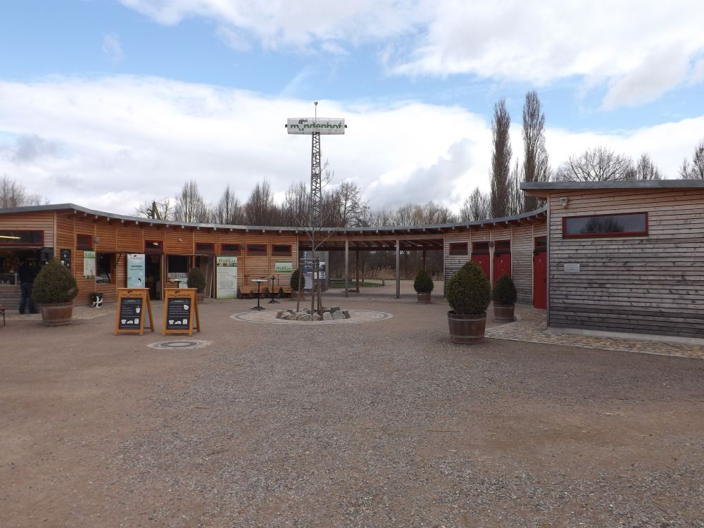 Eingang zum Mundenhof
