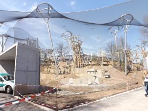 Menschenaffenhaus, Baustelle im April (Wilhelma Stuttgart)
