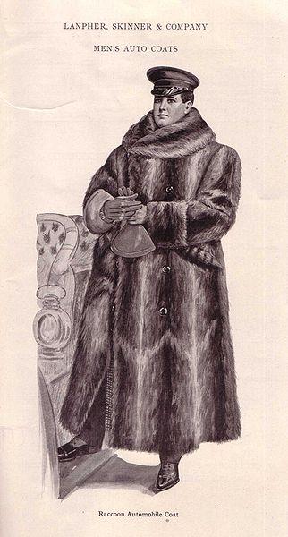 Autofahrer-Mantel aus Waschbär-Fellen