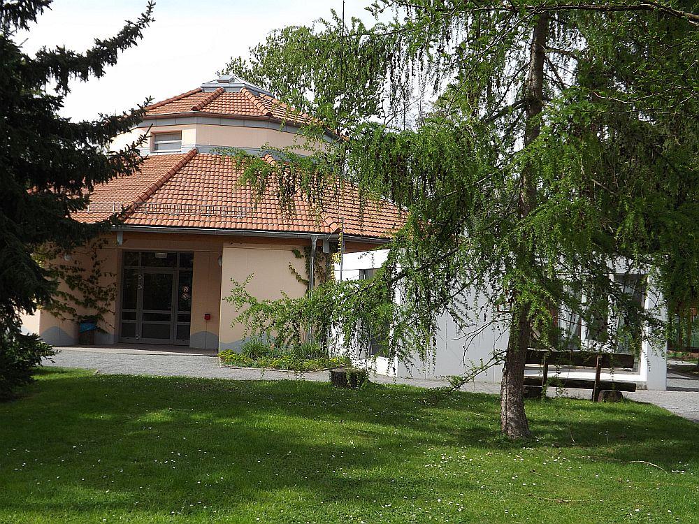 Affenhaus (Tiergarten Staßfurt)