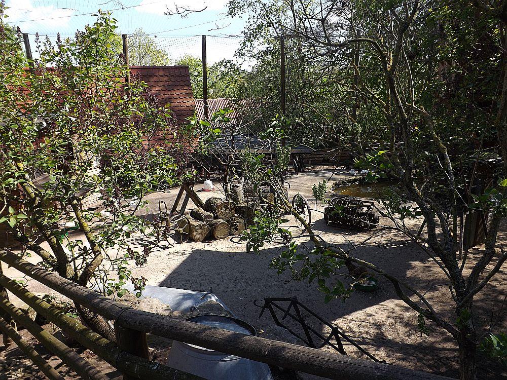 Bauernhof (Tiergarten Eisenberg)