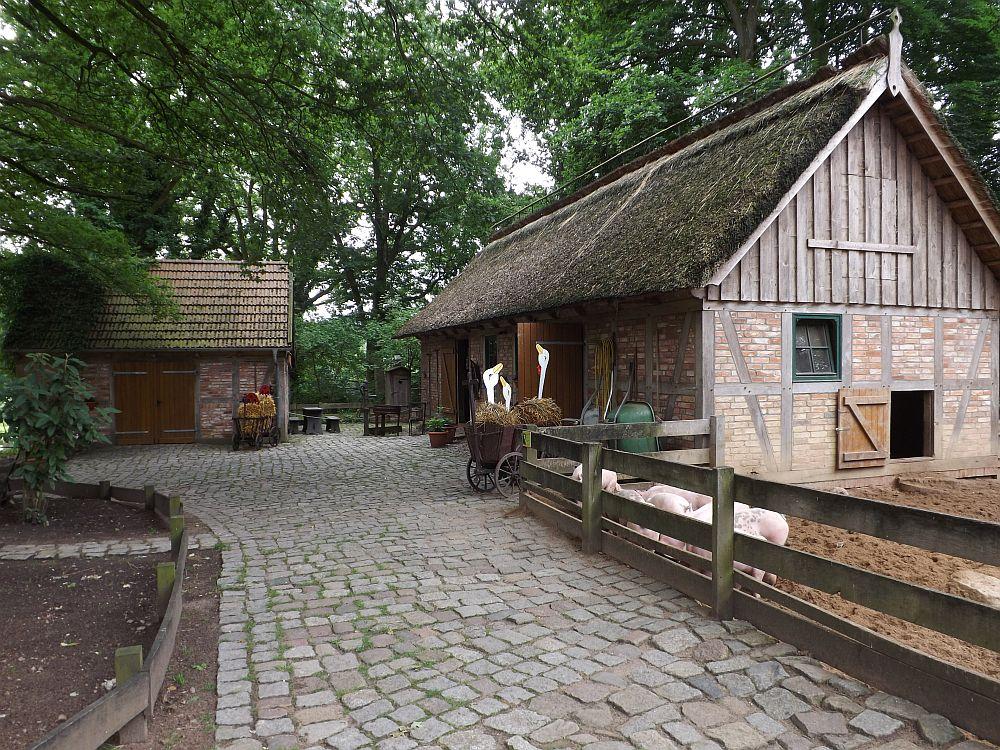 Bauer Lehmanns Hof (Zoo Schwerin)