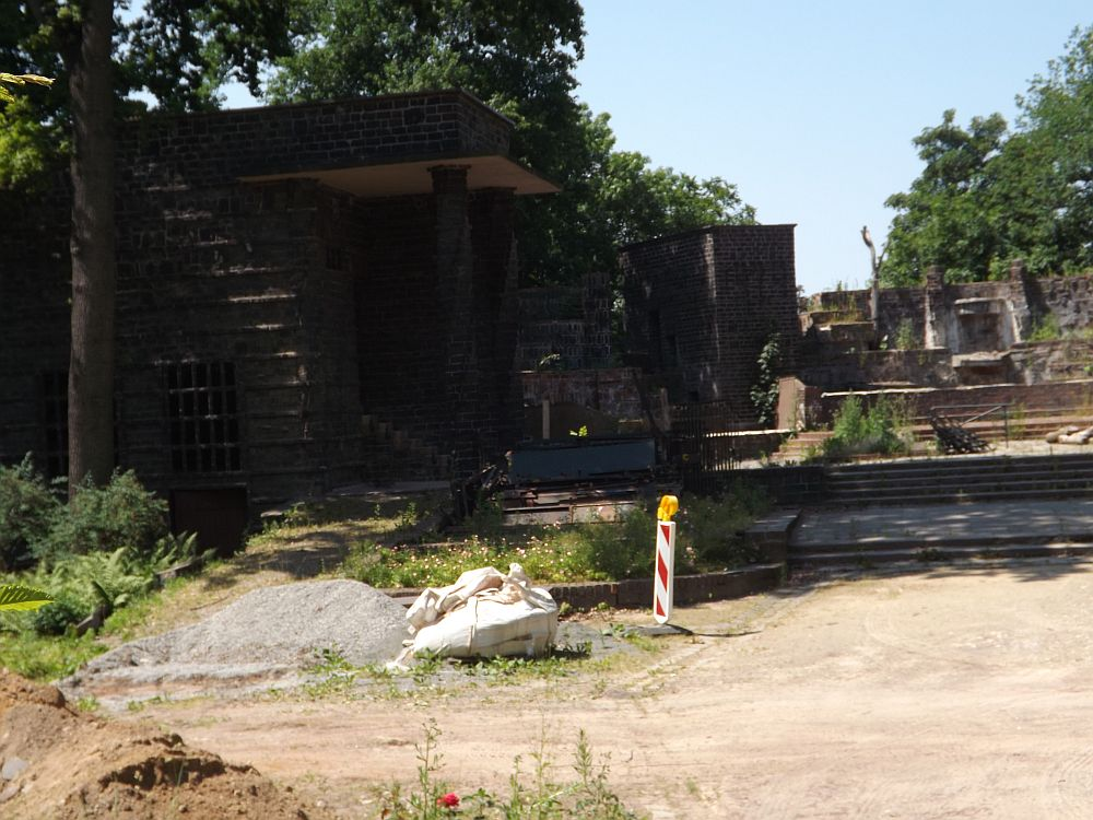 Baustelle Bärenburg (Zoo Leipzig)