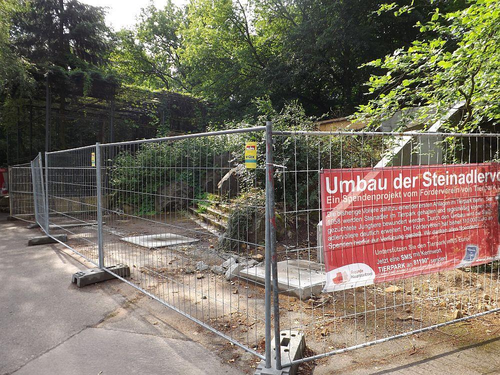Steinadlervoliere (Tierpark Berlin)