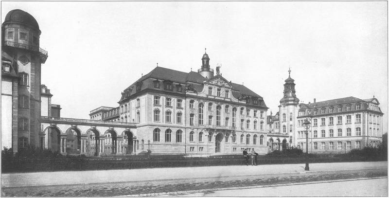 Ansicht des Senckenberg-Museums kurz nach Errichtung des Baus (1908)
