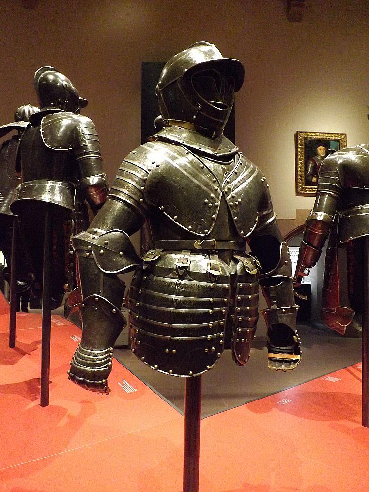 Rüstung für einen Knabenreiter, 17. Jhd (hessisches Landesmuseum)