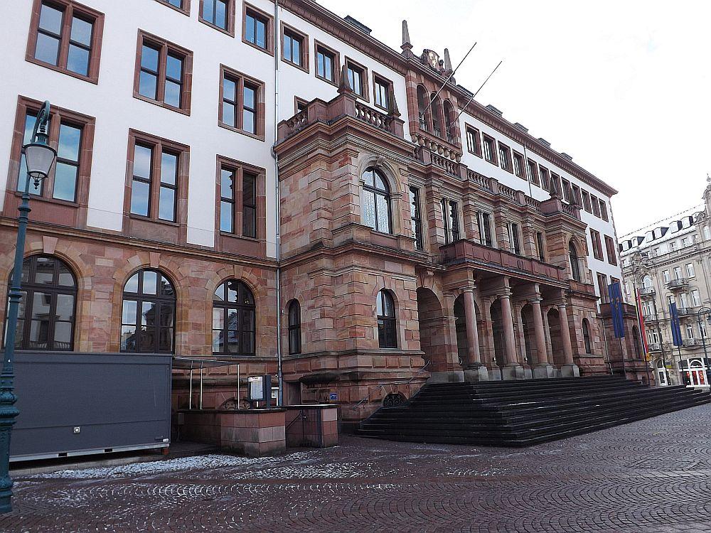 Rathaus (Wiesbaden)