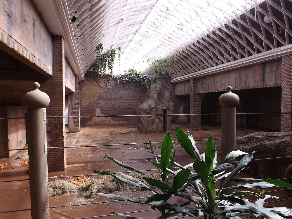 Elefantenhalle (Zoo Leipzig)