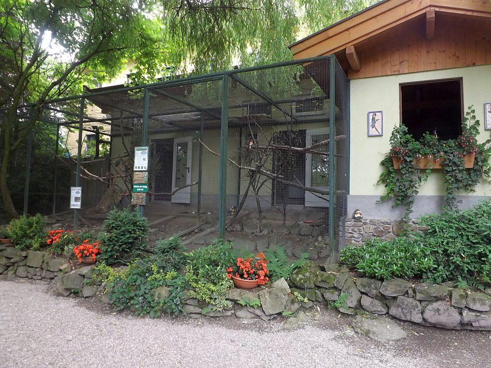 Papageienvolieren (Tiergarten und Reiterhof Walding)