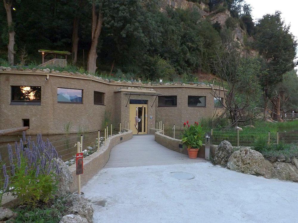 Gibbonhaus (Zoo Salzburg)