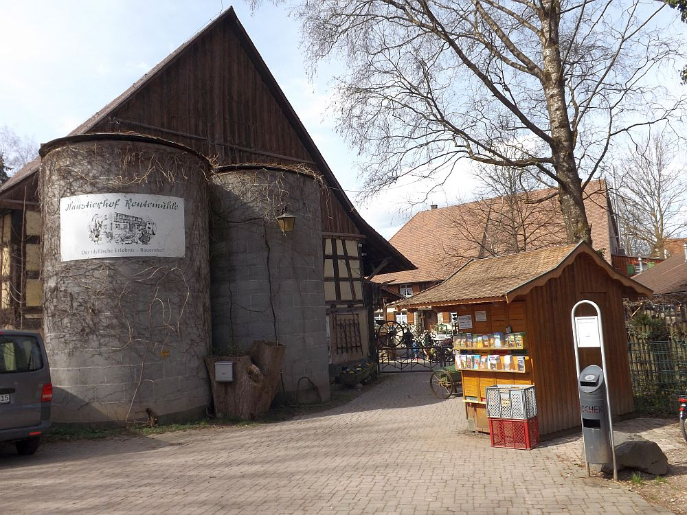 Eingang (Haustierhof Reutemühle)