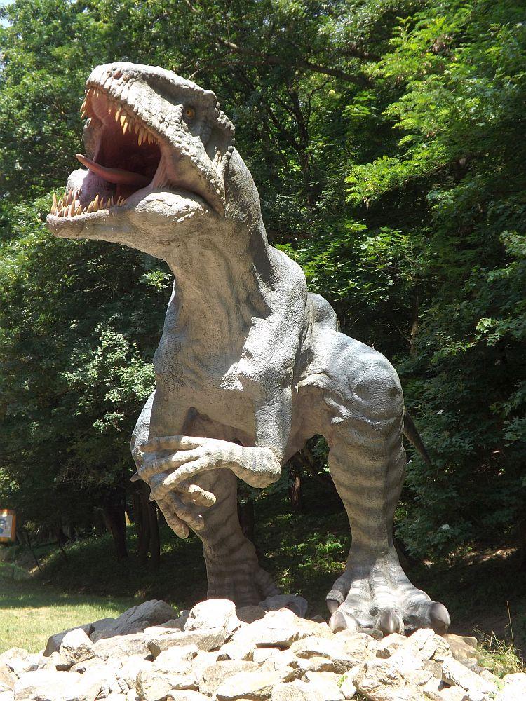 Gigantosaurus (Zoo Bratislava)
