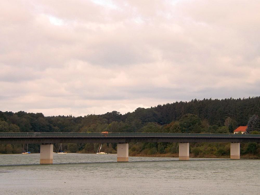 Brücke über das Zeulenrodaer Meer